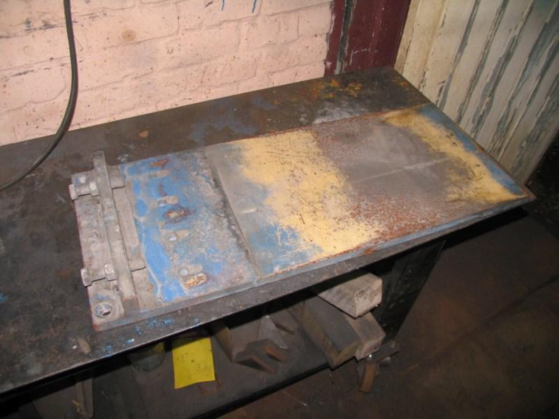 Fabrication d 39 une scie a ruban pour m taux page 5 for Table vibrante