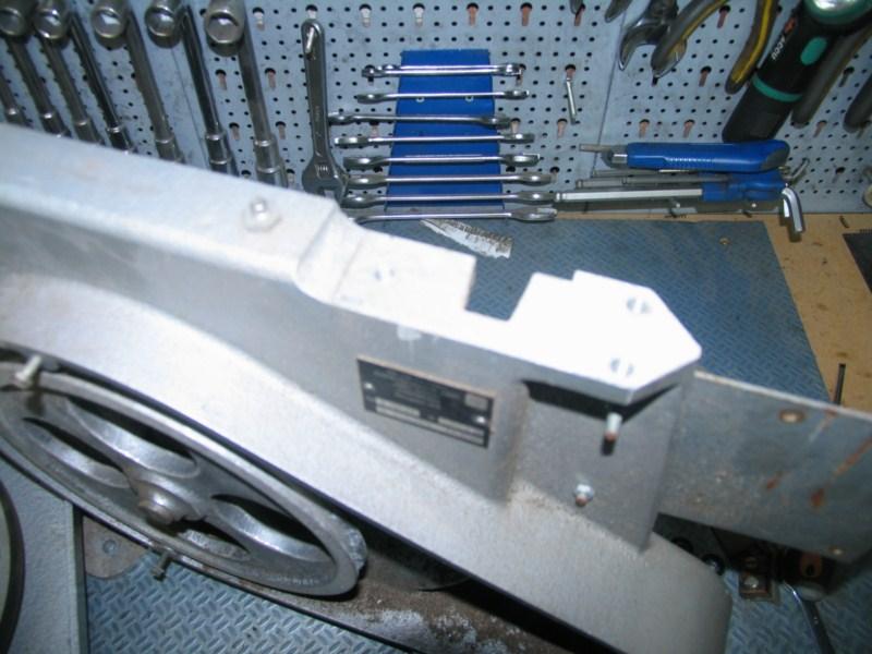 Remise en état d'une petite scie à ruban Sc05