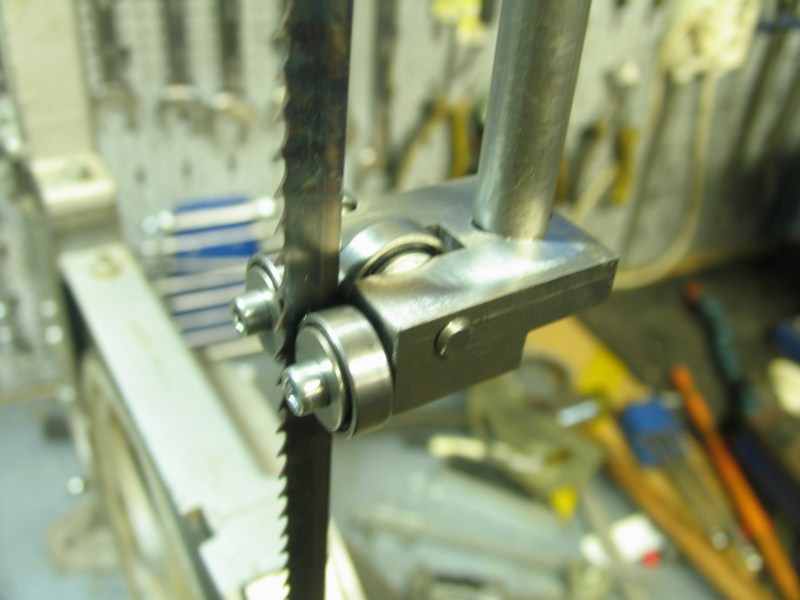 Remise en état d'une petite scie à ruban Sc22